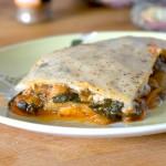 Las recetas de km.0: Musaka vegetal de berenjenas (Moussaka) de RecetasVeganas
